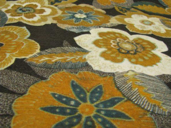Tricot bruin met bloemen